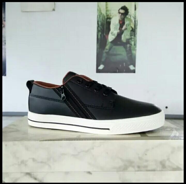 Sepatu tomkins remaja hollars black/brown