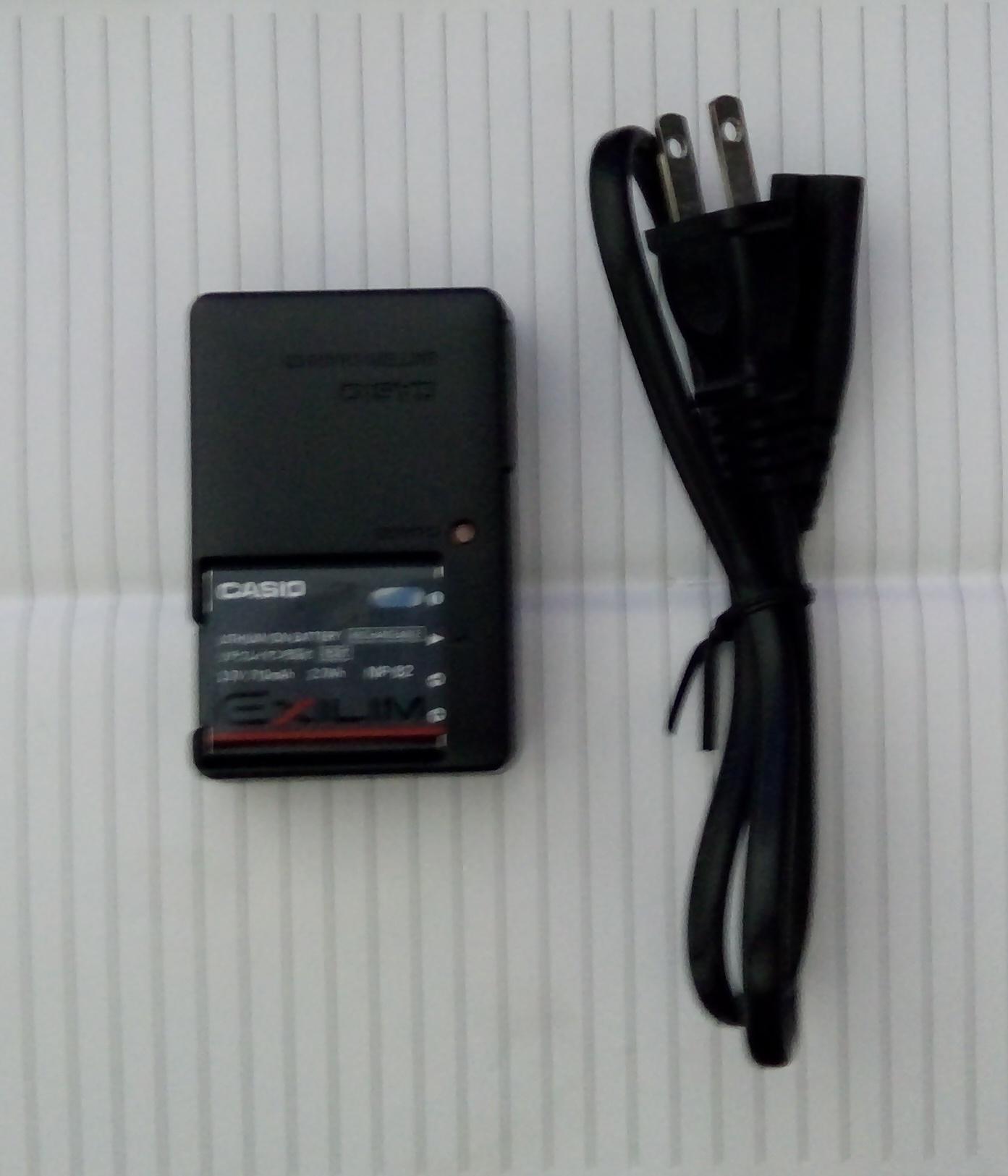 Baterai + Carger Casio NP-82 Batre Batere + Cesan Charger NP82 NP 82 Kompatibel Dengan CASIO NP-80