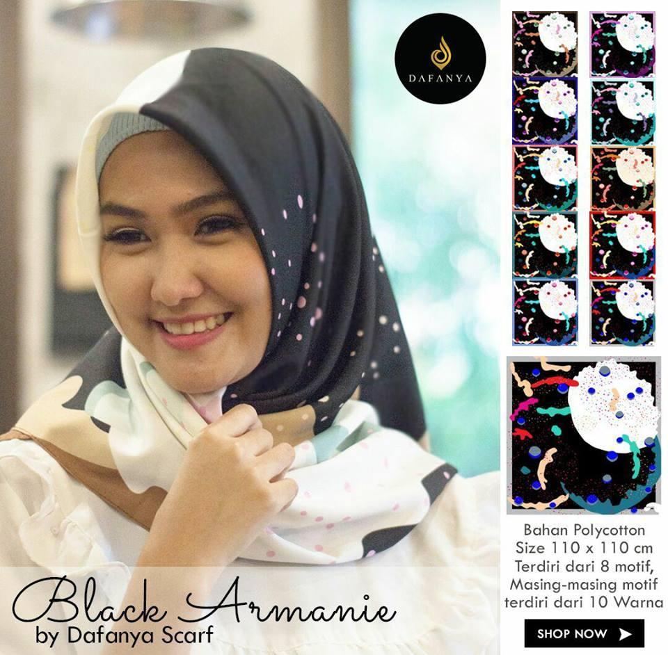 Hijab Segi Empat Motif Khusus Warna Hitam Merk Dafanya/ Jilbab Segi Empat Motif Khusus Warna Hitam / Kerudung Segi Empat Khusus Warna Hitam