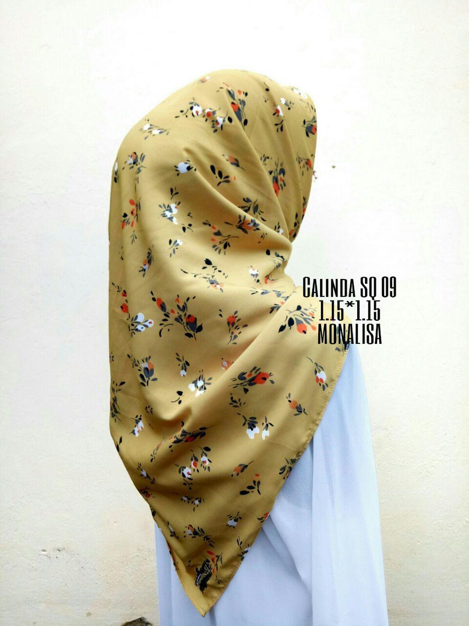 Calinda Mizu SQ Jilbab Keudung Segi Empat Bunga Kecil Hijab Segi Tiga Abstarak Pesta by Nggemesin Hijab