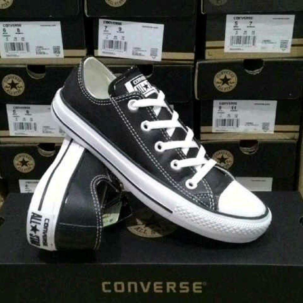 Promo Sepatu converse all star kulit ox hitam putih pria wanita  Fashion