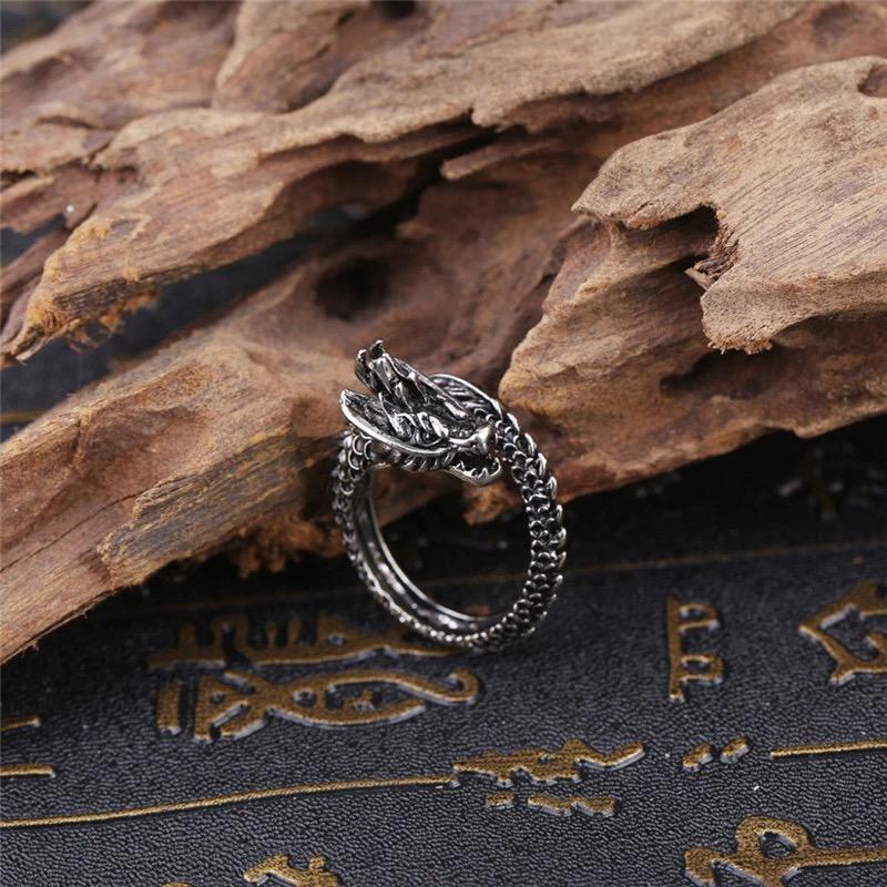 Detail Gambar Aksesoris Cincin Pria Naga / Cincin Naga Cowok / Ular Bisa Untuk Cewek / Perempuan / Cincin Punk / Metal Unik Keren - Dragon Ring For Men ...
