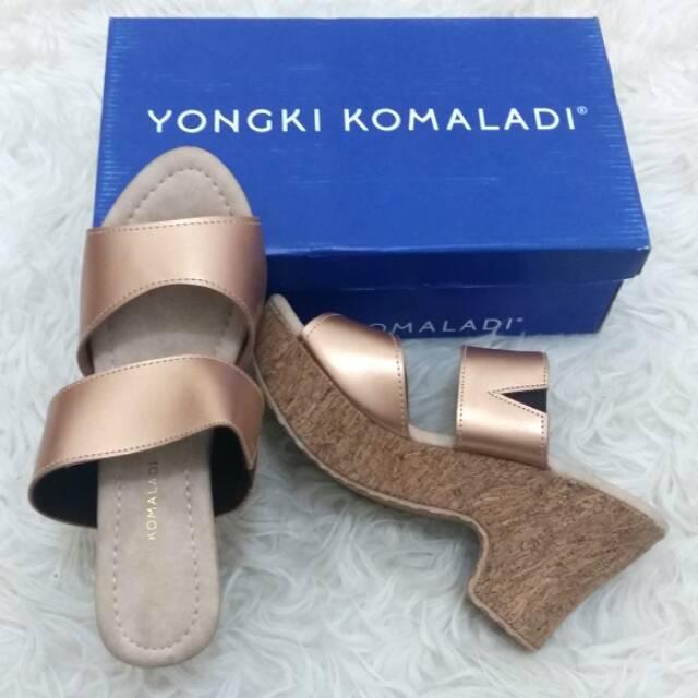 Yongki Komaladi - Sandal Wedges Wanita Branded Merk Matahari Murah
