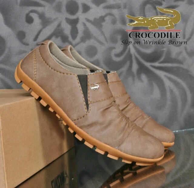 Sepatu Slip On Crocodile Wringkle