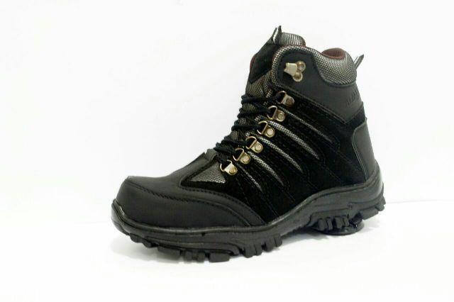 Detail Gambar Sepatu Wolvuryne / Sepatu boot Outdoor Pria Safety shoes three Colour / Sepatu Bengkel Industrial Lapangan Terkini