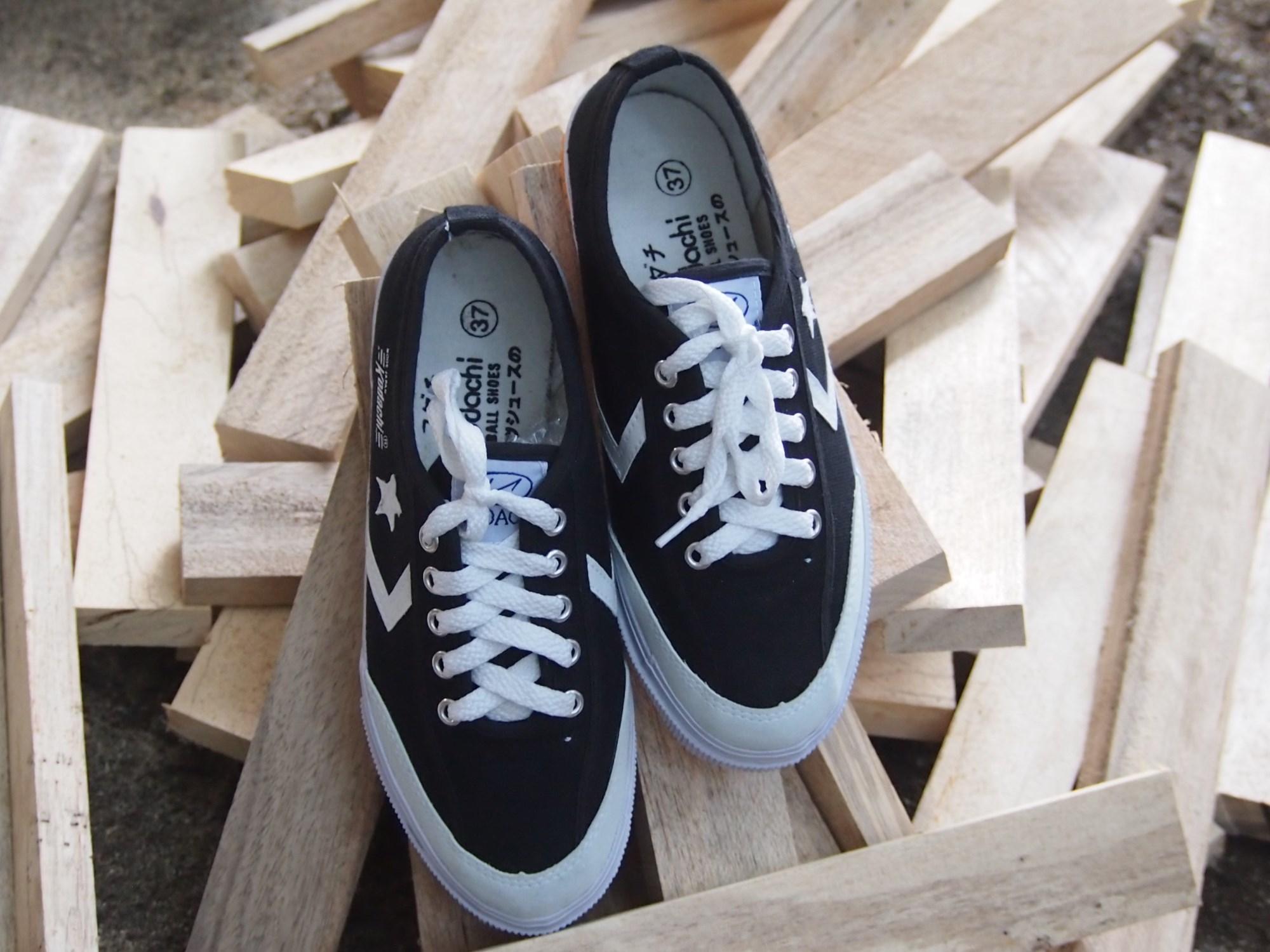 Kelebihan Import Sepatu Sport Bintang Terkini Daftar Harga Dan Kodachi 8119 Olahraga Stripe Biru