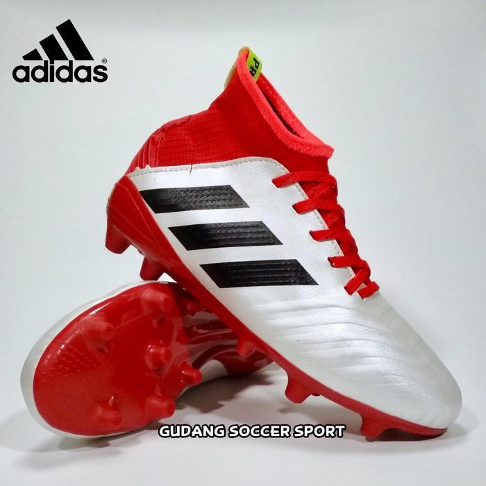 Sepatu Bola Ads Predator / sepatu bola terbaru /  sepatu bola dewasa / sepatu bola modern / sepatu bola ori / sepatu olahraga / sepatu bola murah