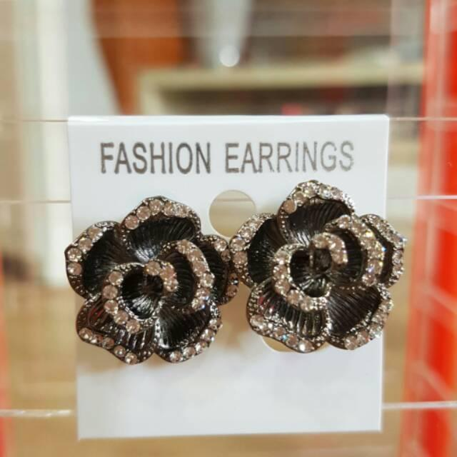 Anting Swarovski Premium/Anting Wanita/Anting Pesta