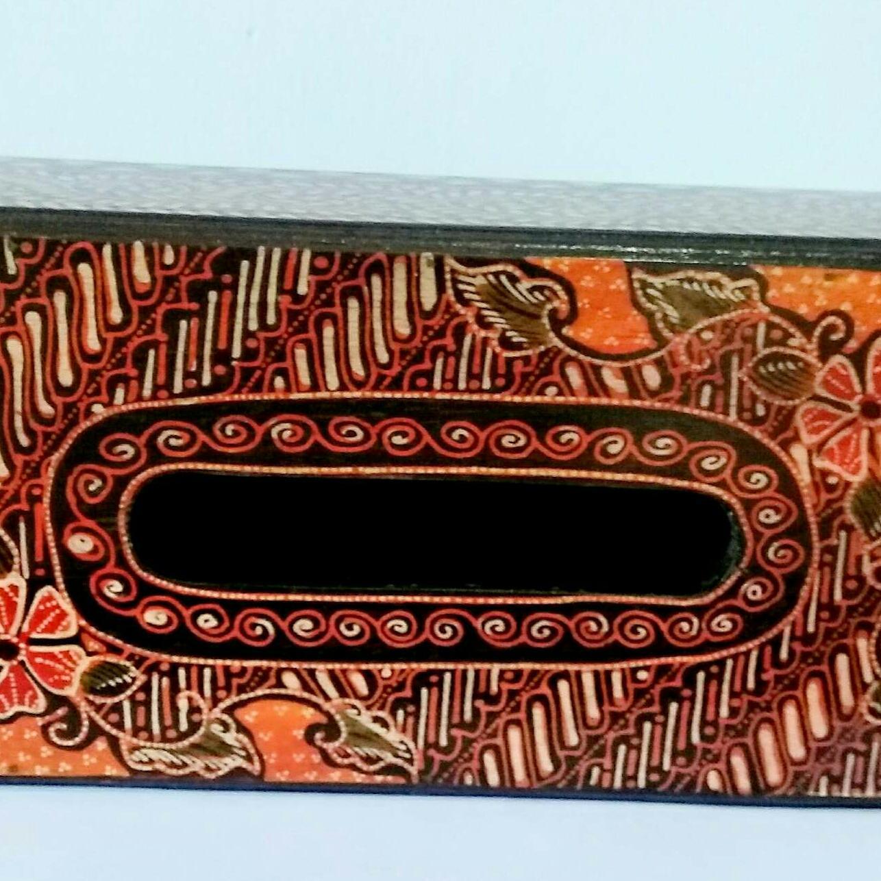 Filo Shop-Tempat tisu/kotak tisu kayu batik 25x13x8cm .