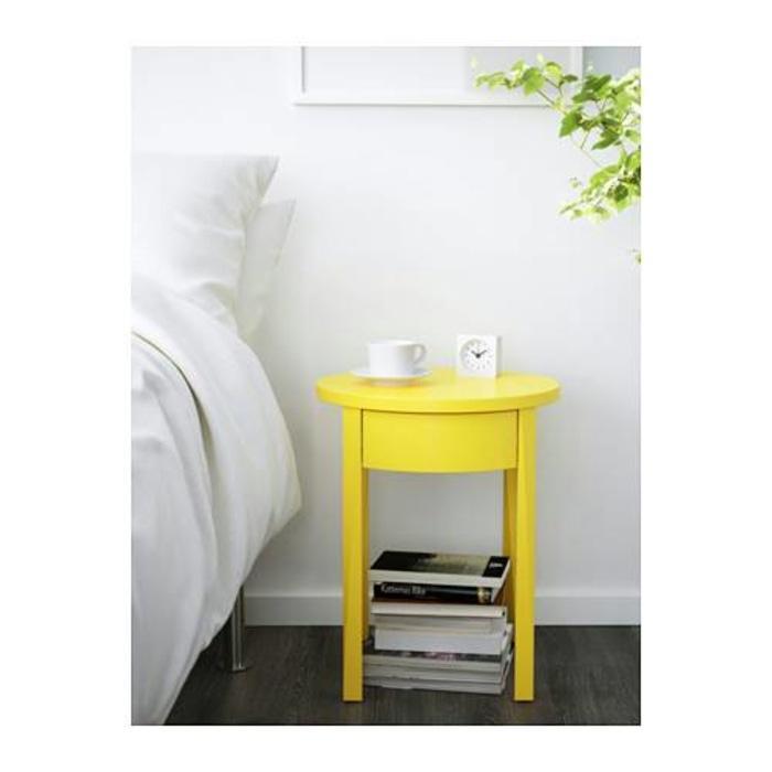 IKEA STOCKHOLM Meja Samping Tempat Tidur - Kuning, 42x42 cm