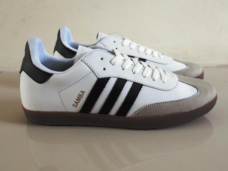 Promo Sepatu Adidas Samba Classic for Men Terbaru Fashion