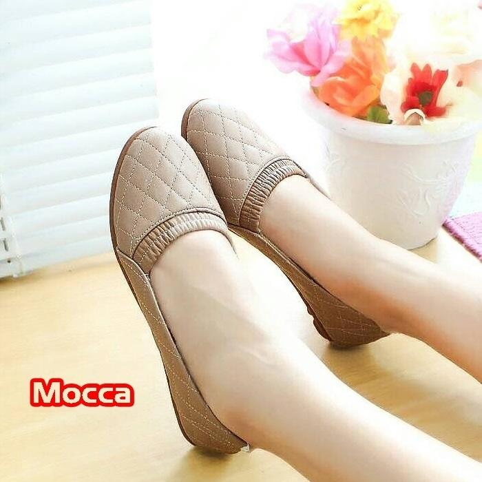 Limited! Adelia Flatshoes Sepatu Wanita Motif Kulit Ular Terbatas!