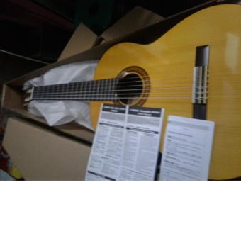 ... Gitar yamaha C 315 Original