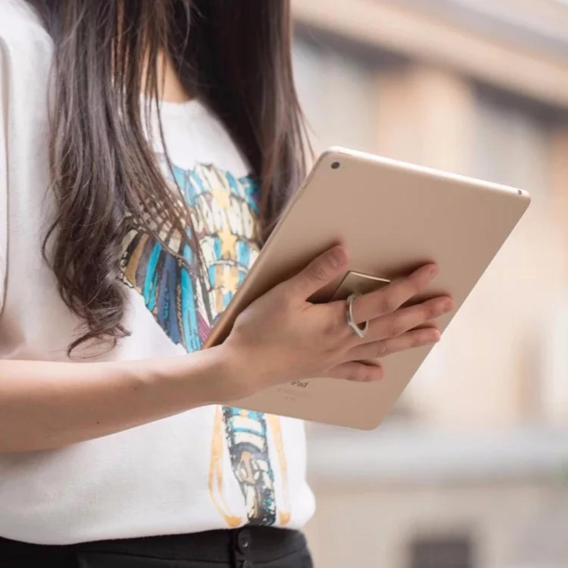 iRing Smartphone Grip - iRing Stand Phone Holder 360 Degree Rotation - Hitam .