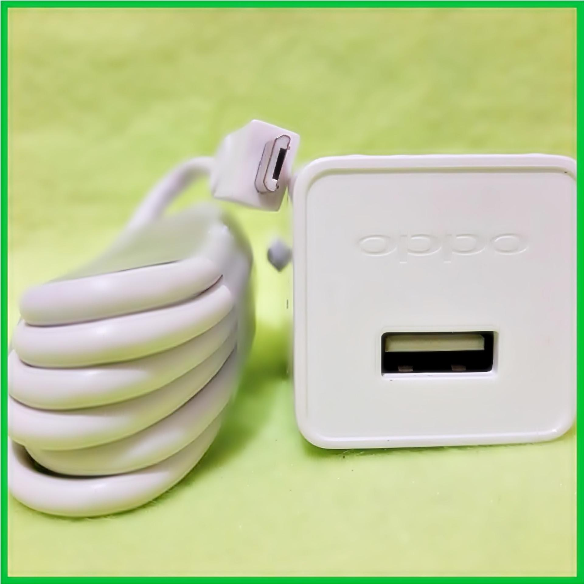 Oppo AK903 Charger + Cable Micro USB Original - Putih .