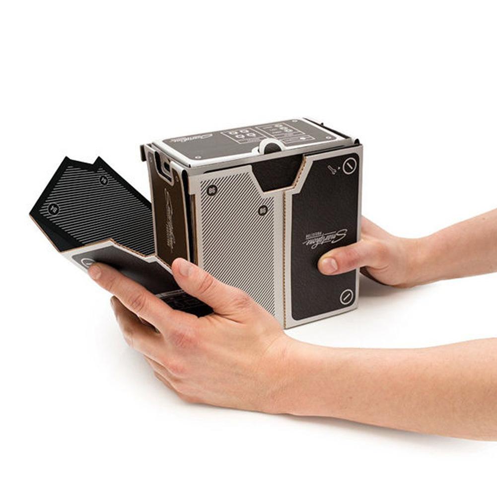 ... diseduh sendiri ponsel pintar proyektor Mini | Lazada Indonesia. Source · Proyektor cardboard untuk menonton film lewan HP generasi pertama .