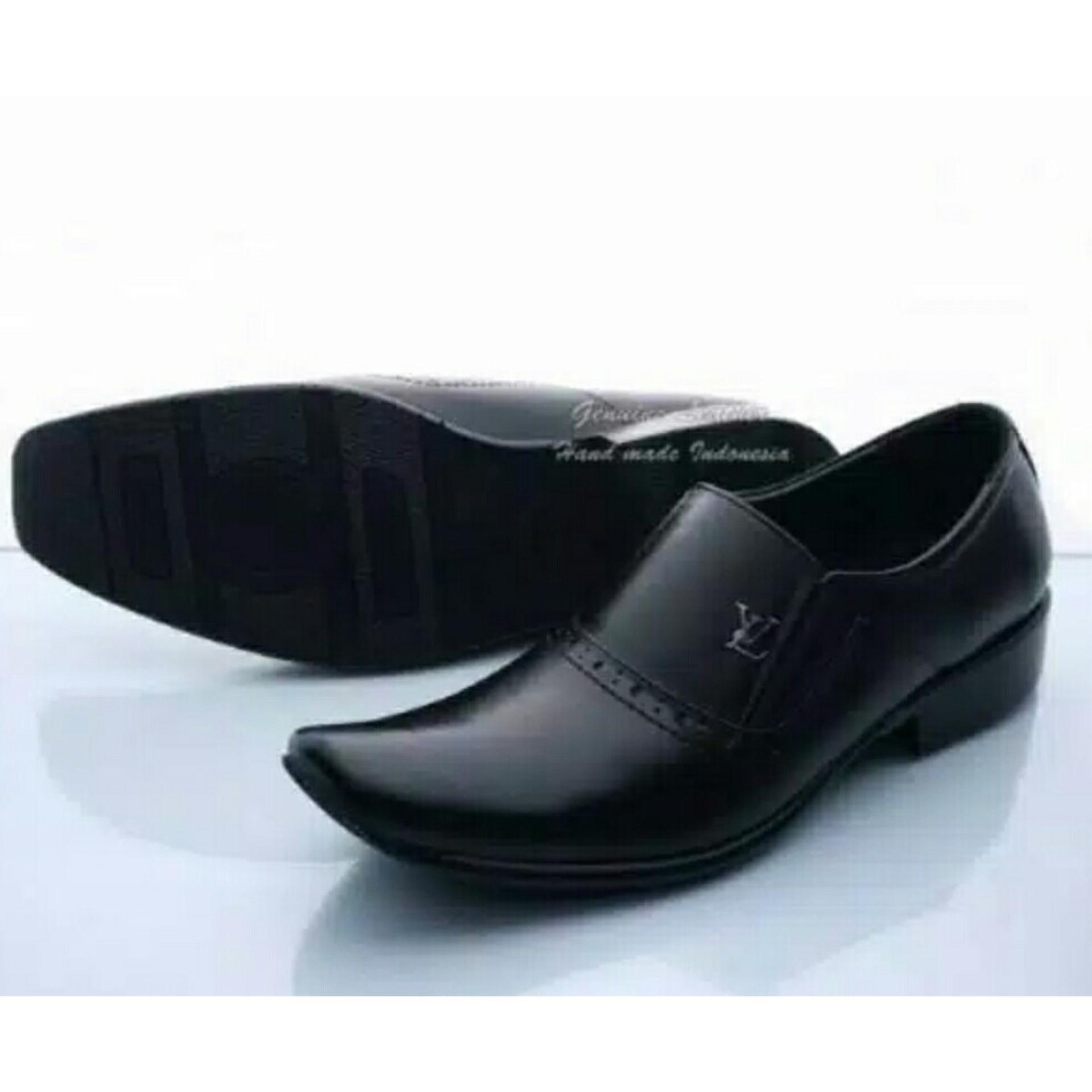 Cek Harga Baru Sepatu Pria Model Pantofel Formal Sepatu Kerja Kulit ... 7047ca33e0