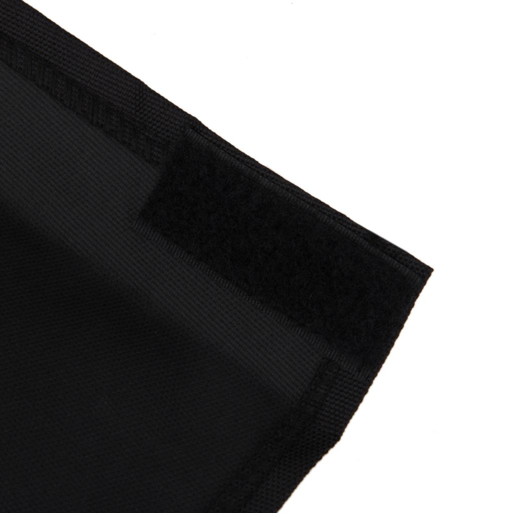 Penutup Kandang anjing hitam 58.42 cm ukuran M