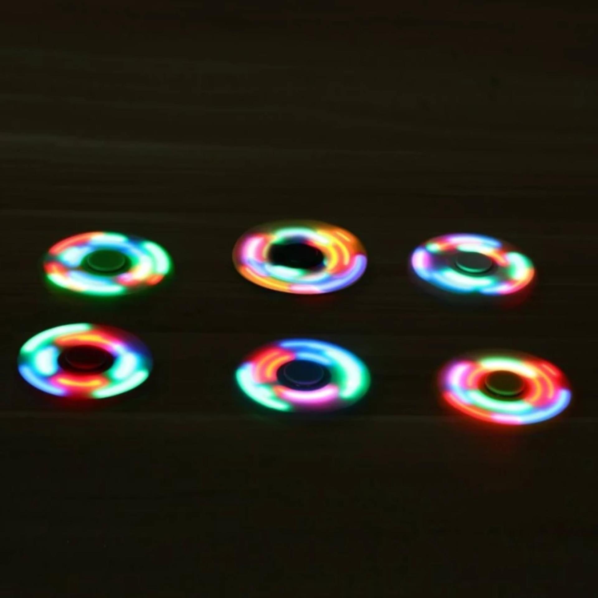 AIUEO - Fidget Spinner LED New Exotic Hand Toys Mainan Tri-Spinner .