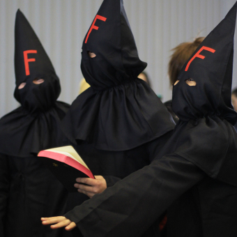 FFF Halloween pakaian kinerja