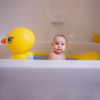 ... Munchkin Bak Mandi Bayi - Motif Duck Bebek - 4 ...