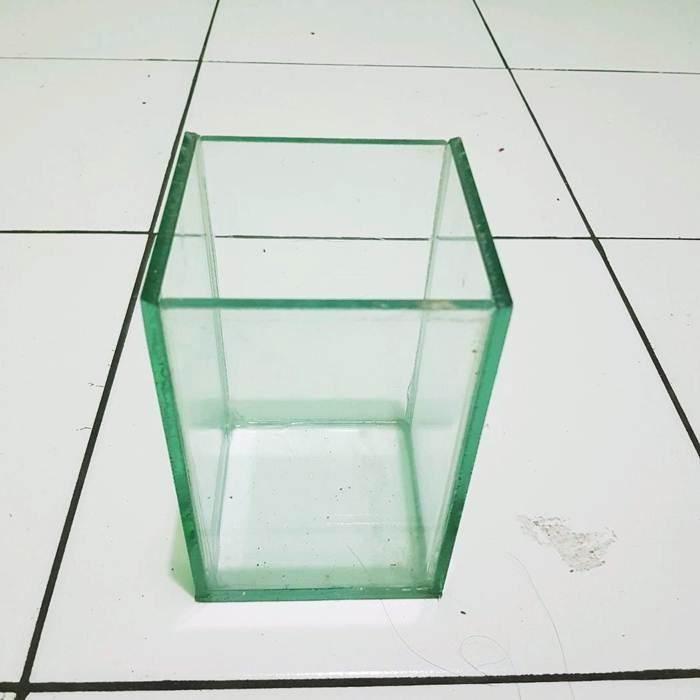 Akuarium Soliter Akuarium Ikan Cupang Ukuran 10x10x15 Bahan Kaca Lazada Indonesia