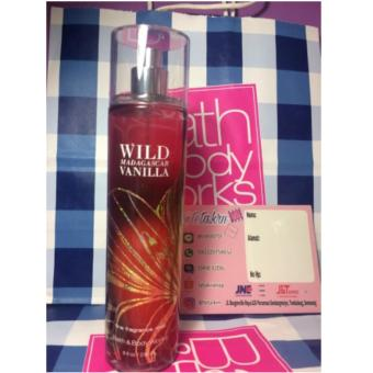 Harga Body mist bath and body works
