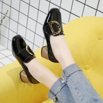 Sepatu Hak Tinggi Kepala Persegi Retro Wanita