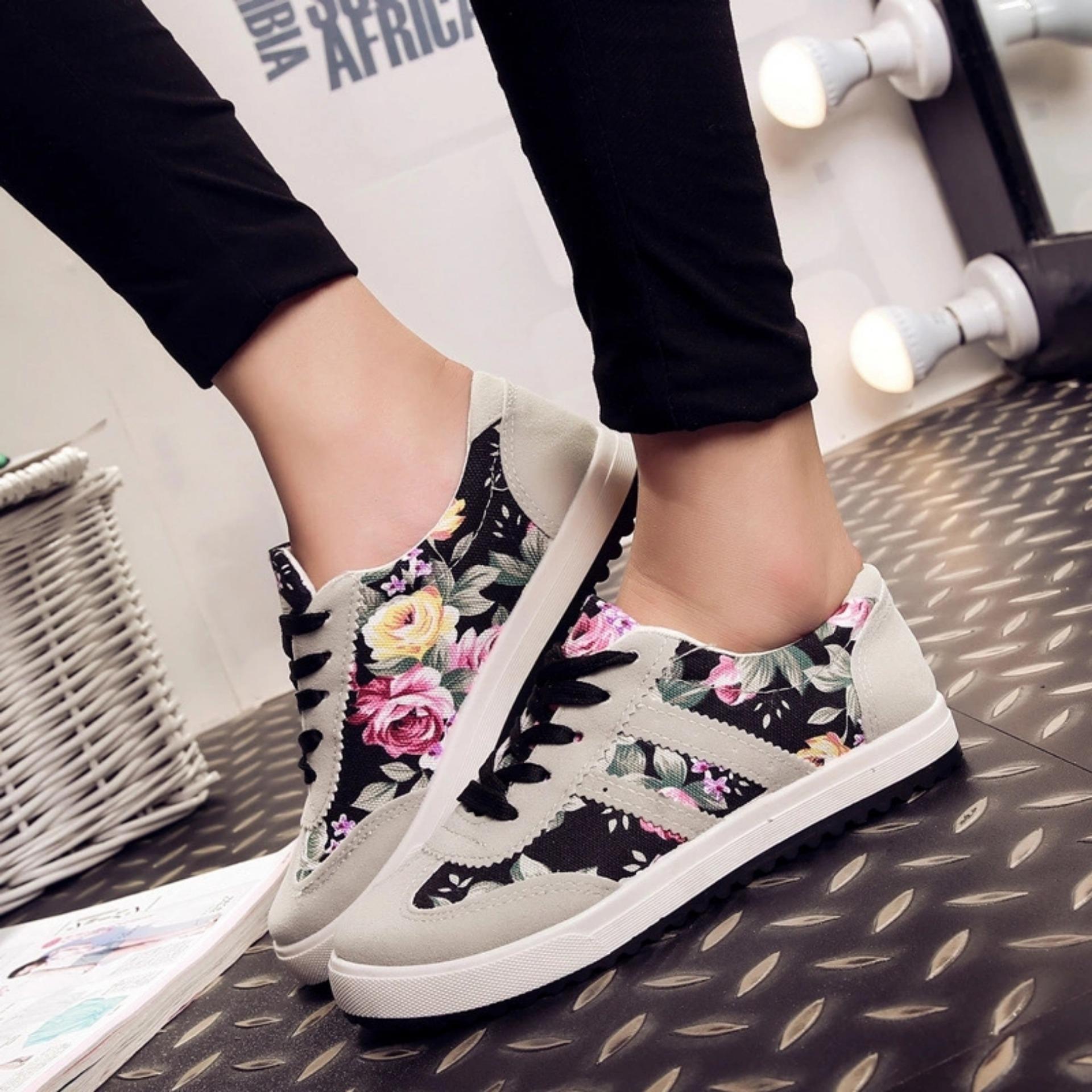 azkashoes Sepatu Wanita Sneaker Bunga AK01 Hitam