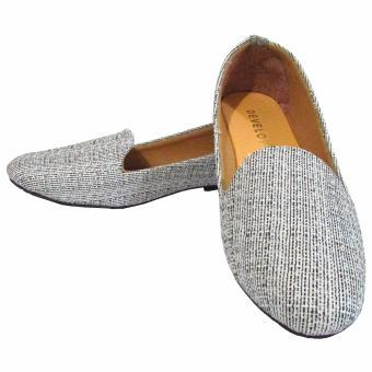 ... Harga Binev Sepatu Slip On Develop White Terbaru klik gambar