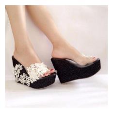 Femine - Sepatu Sandal Wanita Wedges Joan JBL - Black