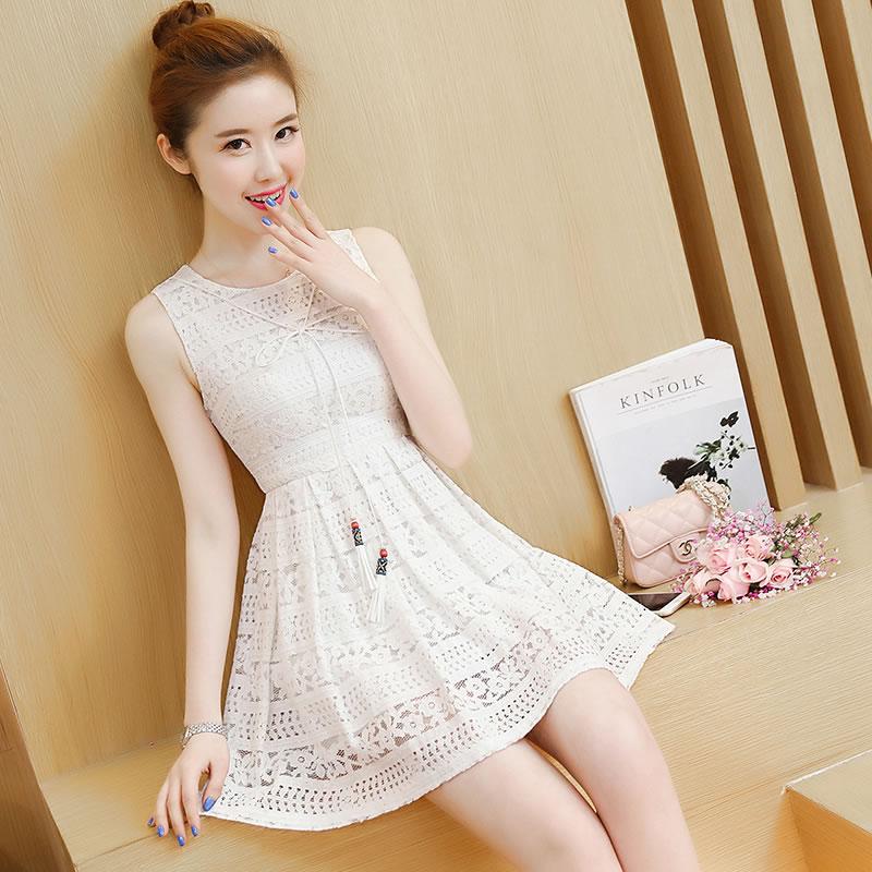 Graceful Korean-style sleeveless vest lace dress (Putih)