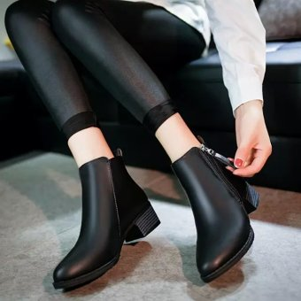 Harga Rising Bazaar Women Boots Martin Boots Pointed Thick With Low Side Zipper England Boots (Black) - intl