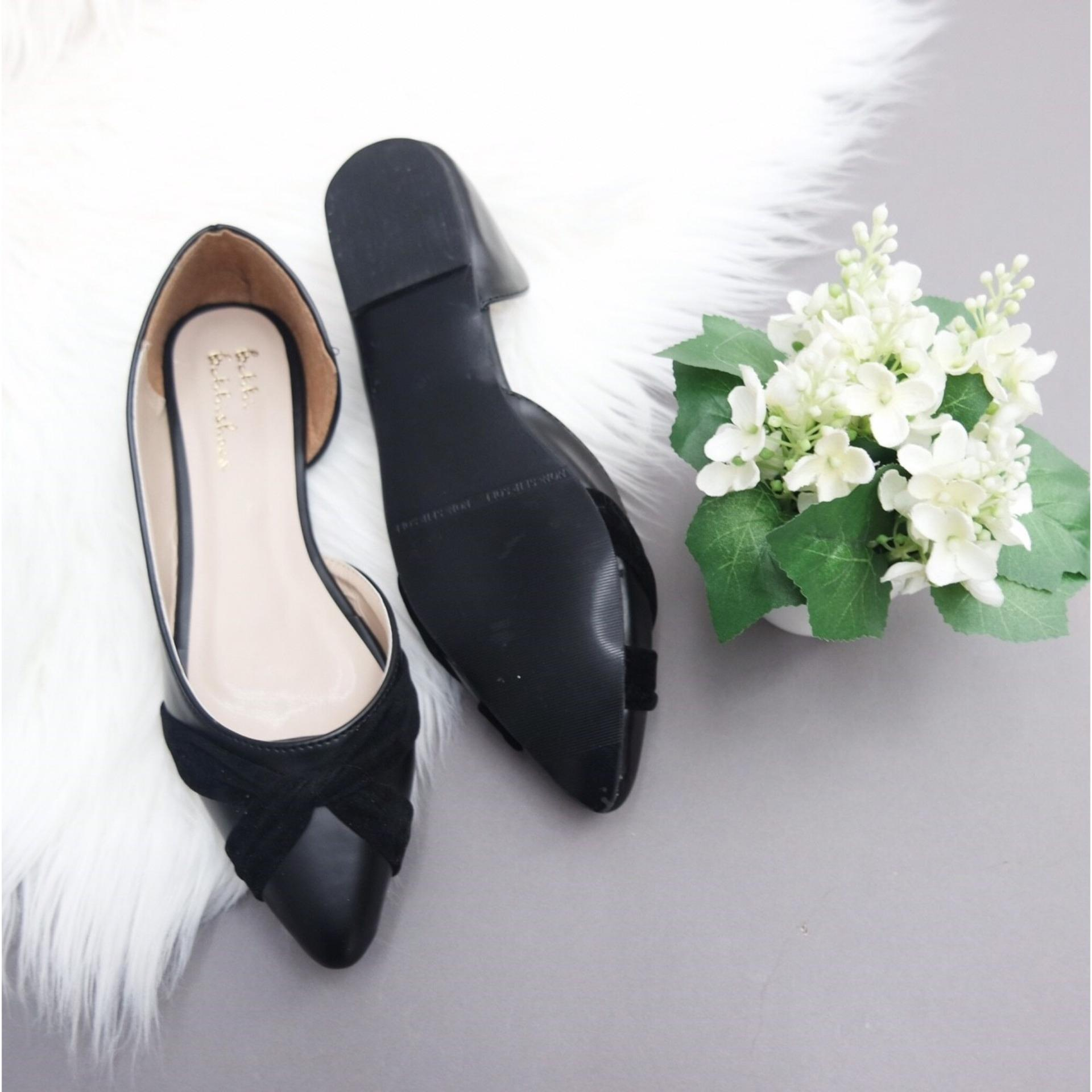 KelinciMadu-Sansa Flatshoes-Black .