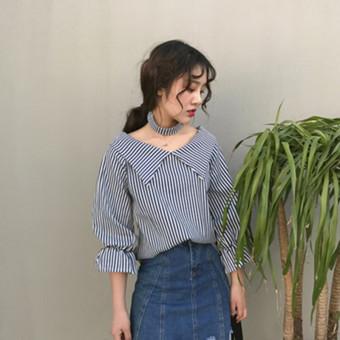 Kemeja Wanita Fashion Lengan Terompet Kerah Sabrina Motif Kotak (Hitam), Price Check. 369 Kemeja Casual ...