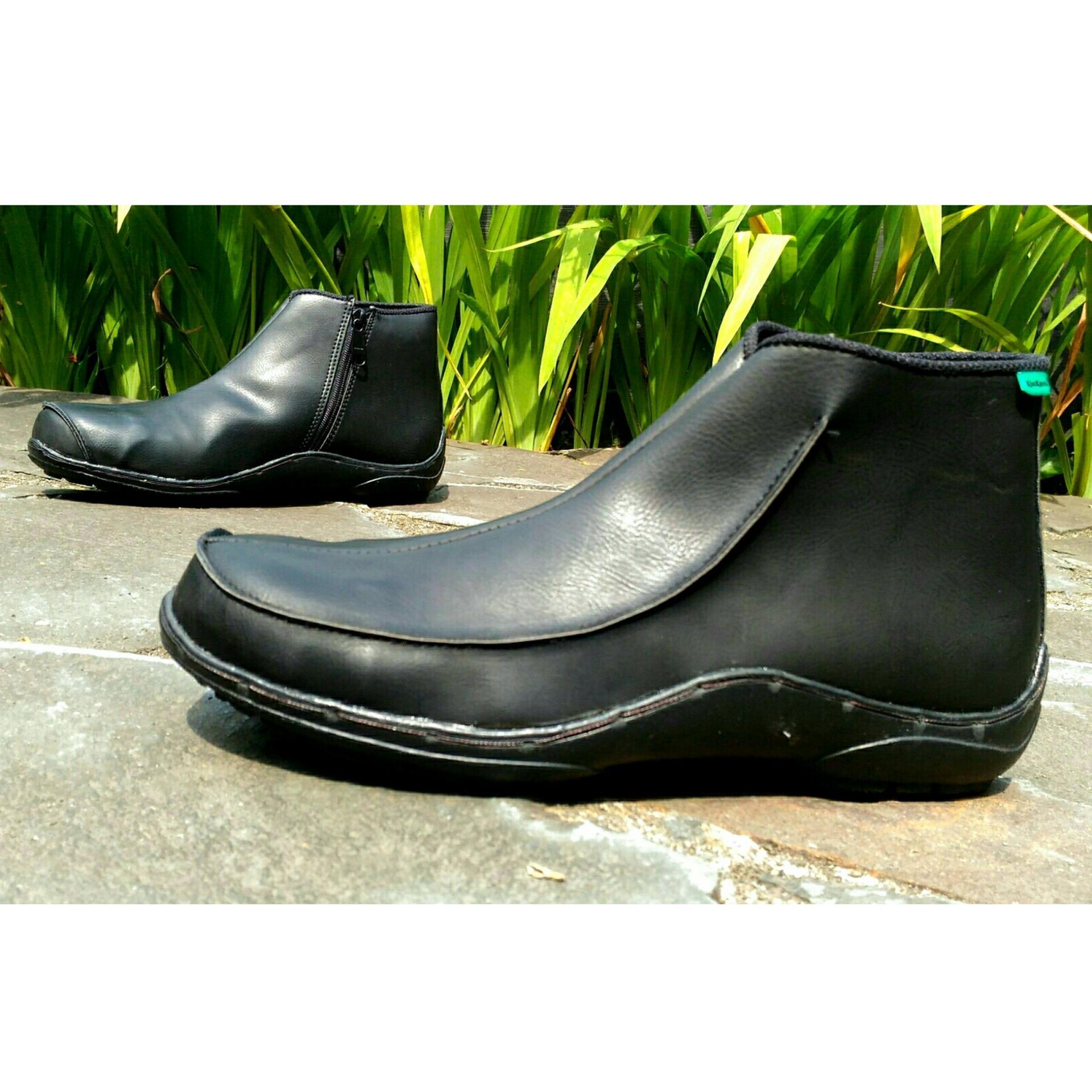 Kickers Safety Boots Valen Warna Coklat Tua Daftar Harga Terkini Source · Kickers Ninja Safety