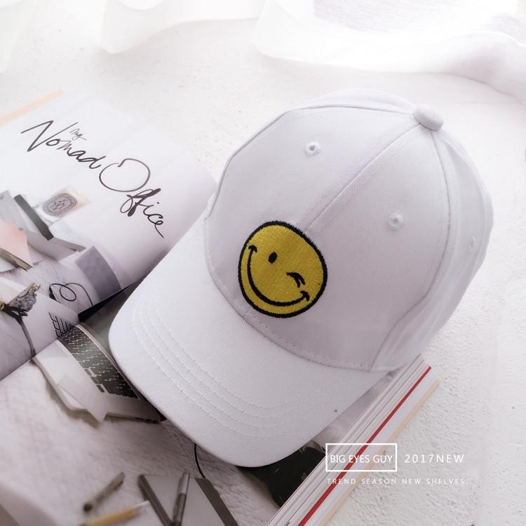 ... wanita musim semi dan musim panas bordir topi. Source · Korea Fashion Style bordir orang tua topi topi huruf topi baseball (Wajah tersenyum putih (