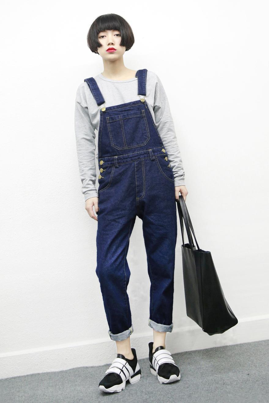 Korea Fashion Style siswa tipis sembilan poin celana panjang LOOESN Denim Romper Pendek (Biru tua