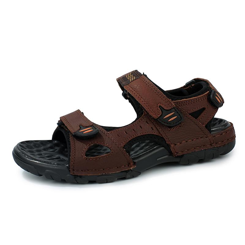 Kulit lubang lubang pria kasual sandal luar ruangan sandal (6928 coklat (kode sepatu)
