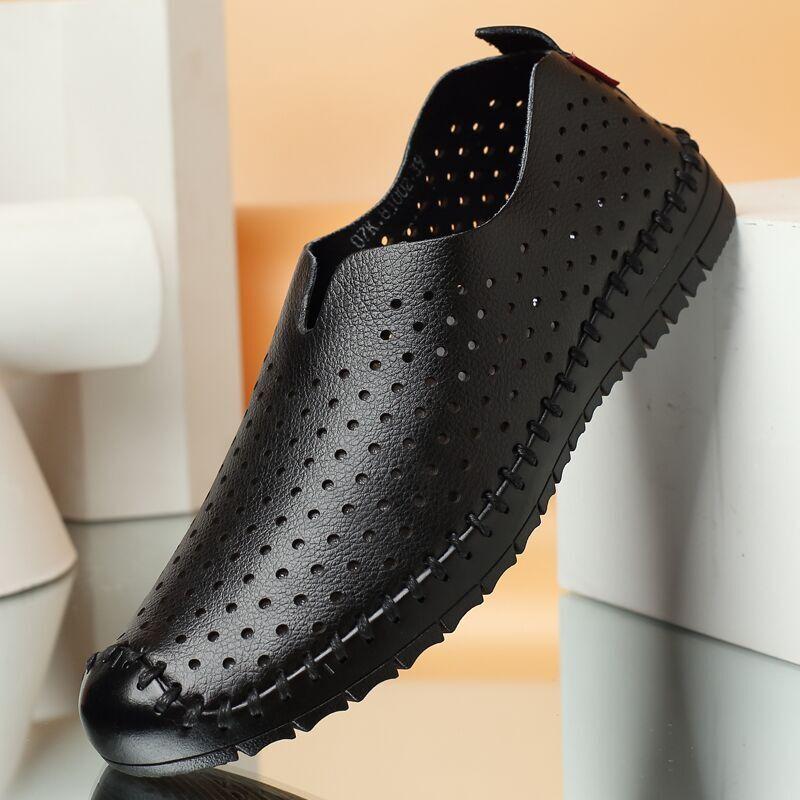 Lubang sepatu pria sandal sandal kasual pria bernapas ini (Set kaki hitam)