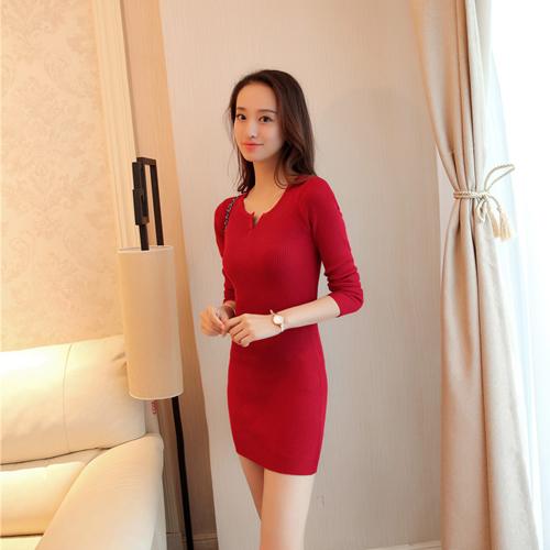 Merajut bagian panjang di samping kulit tipis lengan panjang gaun bottoming kemeja Merah