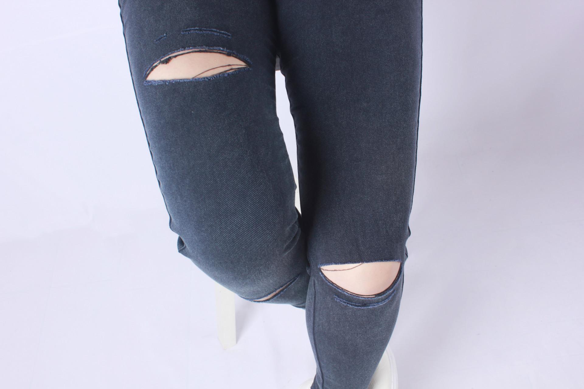 MM dengan saku pakaian luar legging sembilan poin celana kaki celana (Tepi merah lubang biru