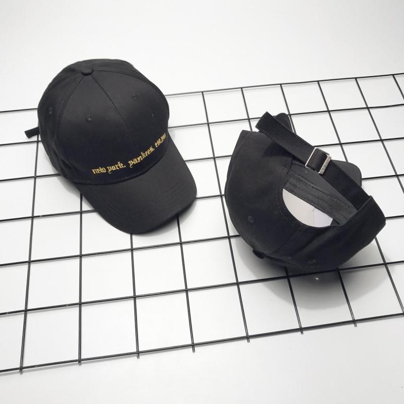 Cheap online Retro Pria Dan Wanita Musim Dingin Pelindung Sinar Matahari Topi Matahari Bisbol Topi (Hitam)