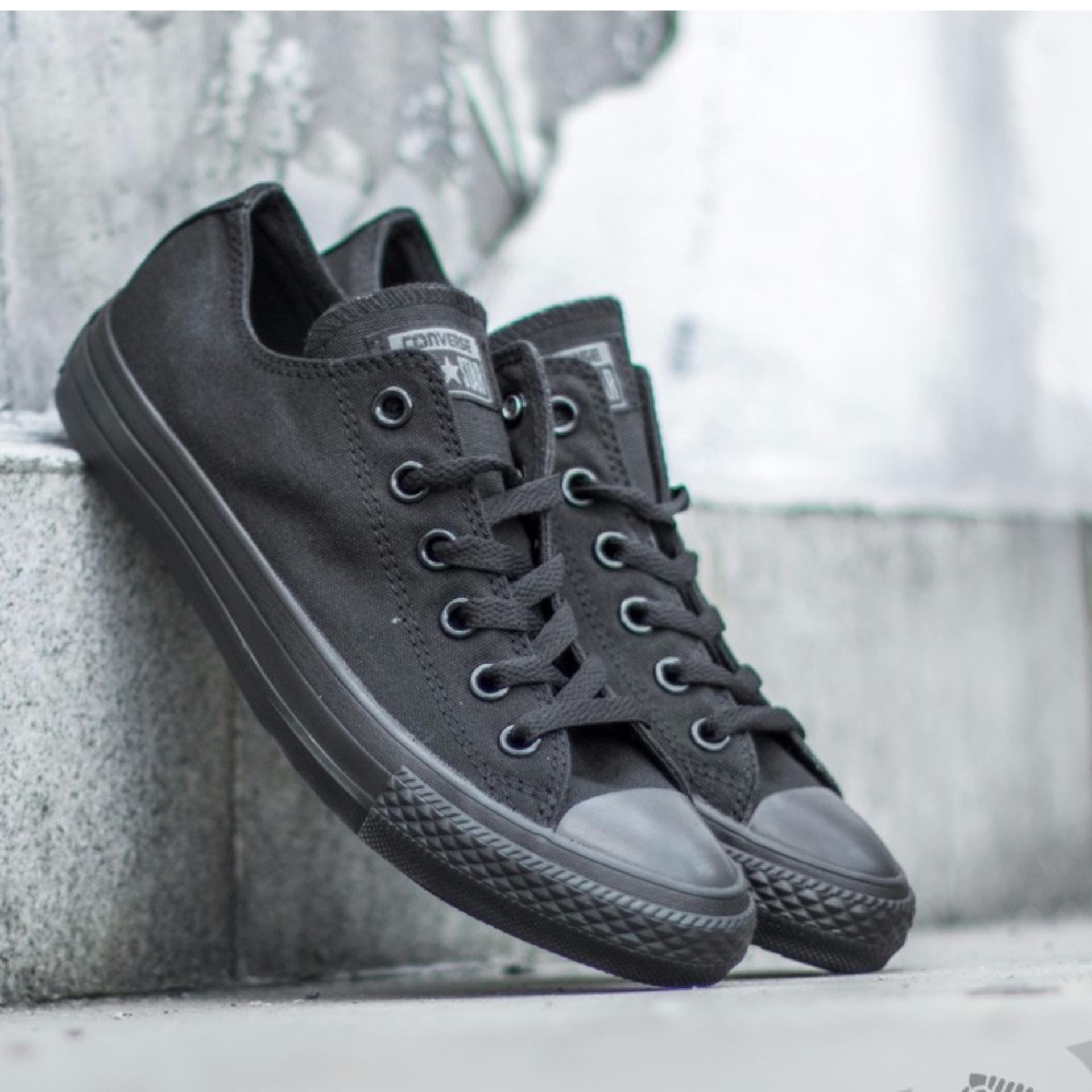 Sepatu All Star CT Classic Low Cut Sneaker FreeStyle Unisex - FullBlack . 7c40fffdb5