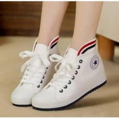 Sepatu Boots Wanita Putih Berbintang Id 24