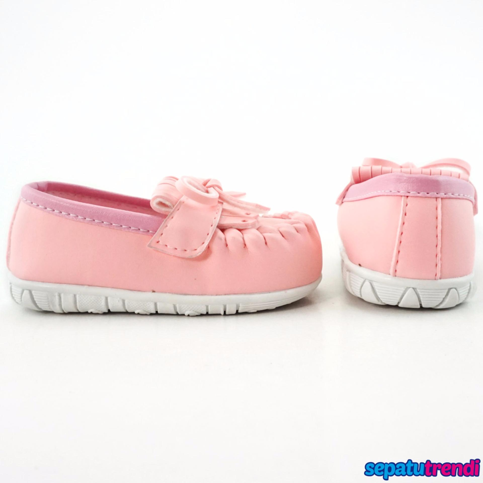 TrendiShoes Sepatu Anak Bayi Perempuan Pita Elegan JVNRJT - Pink .