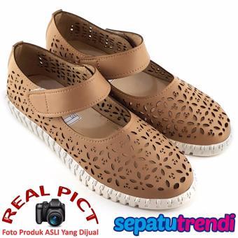 TrendiShoes Sepatu Wanita Motif Laser Cut Summer BOP32TL - Mocca