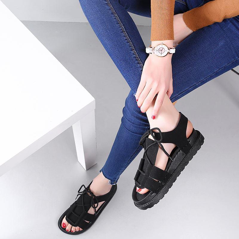 ... Versi Korea dari flat shoes baru mahasiswa muffin sepatu wanita sepatu sandal Hitam