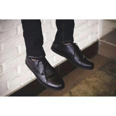 Volker Footware Sepatu Casual/Formal Oxport Black Pria - Hitam