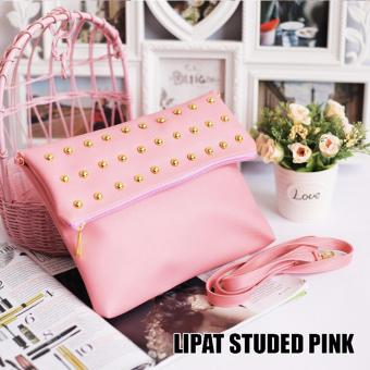 W-Oops! Clutch Lipat Studed - Pink